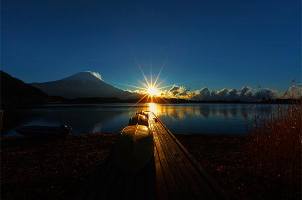 Rising Sun and Reflection by MIYAMOTO Y